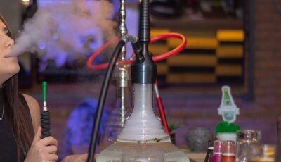 Médico alerta sobre narguilé: 'Quem faz uso tem muito mais chance de ter câncer por onde passa a fum