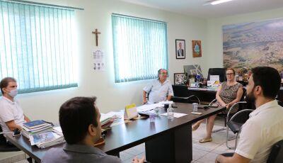 Em reunião com empresários, prefeito só toma nova decisão depois do dia 07 de abril em Bonito (MS)