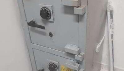 Ladrão é preso quando cortava cofre de farmácia com lixadeira