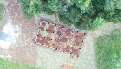 Justiça acata recurso e manda parar obra de 200m² próxima à Gruta do Lago Azul em Bonito (MS)