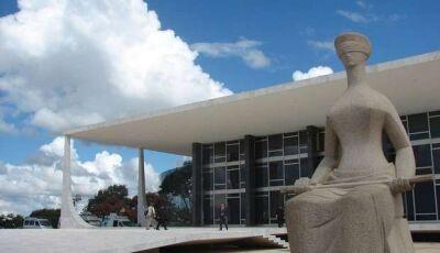 Aliados de Bolsonaro, Roberto Jefferson, Luciano Hang, e blogueiro são alvos de operação da PF