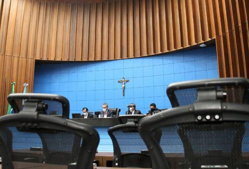 Em mais uma sessão remota, Mesa Diretora apresentou projetos que reconhecem calamidade pública