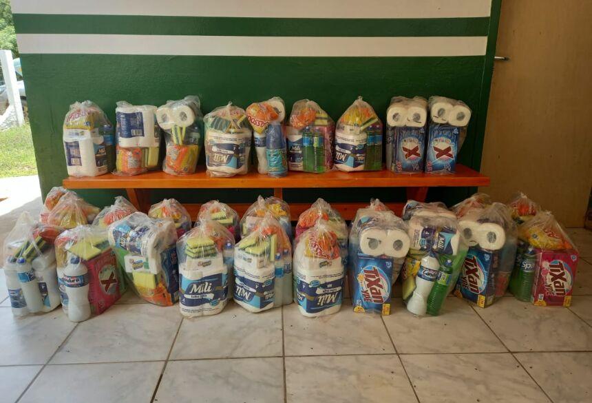 Os kits foram entregues na tarde desta segunda-feira. Foto: Marlan Pinheiro
