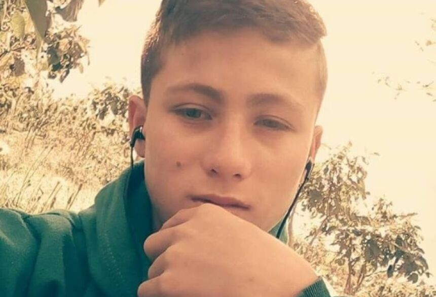 Johan Ramirez, 15 anos, ajudou a resgatar vítimas da tragédia