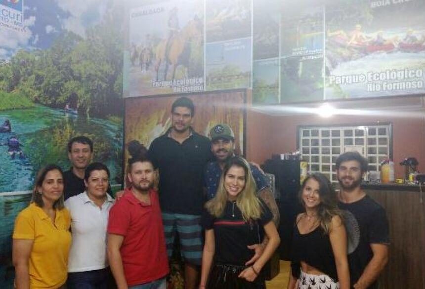 Equipe da Agência Sucuri com Ex-BBB Rodrigão e Adriana Sant'anna