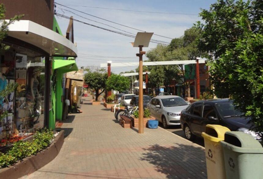 Info Agência Sucuri: Você sabia o porque a avenida principal de BONITO (MS) tem nome Francês?