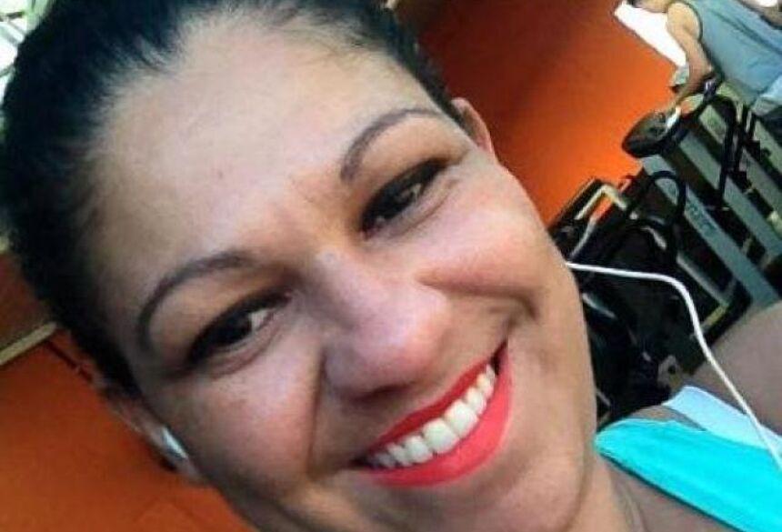 Divulgação - Mulher é assassinada a tiros quando estava na varanda de casa