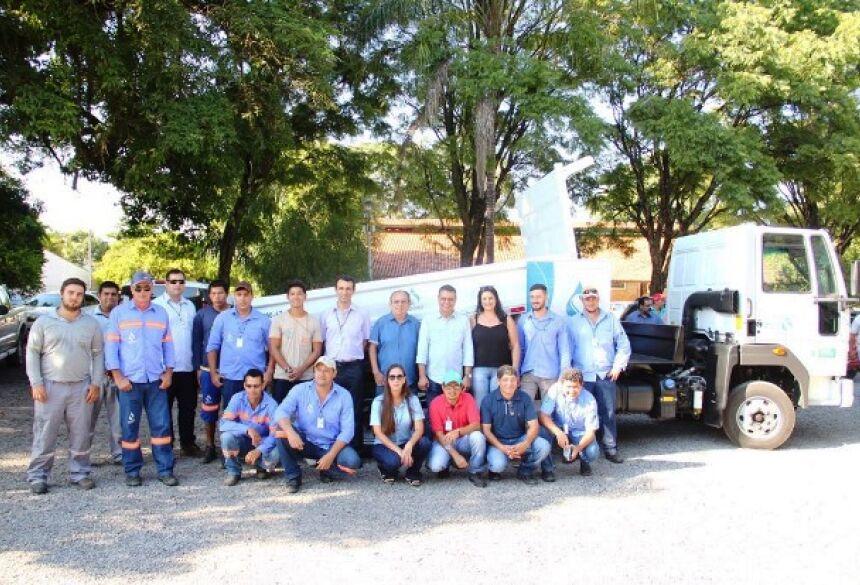 FOTOS: JABUTY - Governo do MS oficializa entrega de caminhão basculante a Unidade da Sanesul em Bonito (MS)