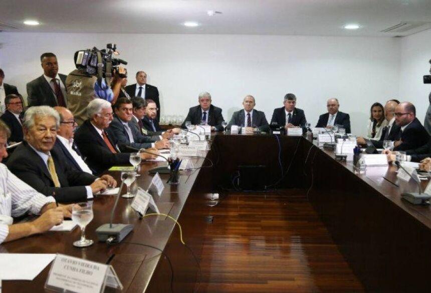 Reunião entre ministros e representantes de caminhoneiros, no Palácio do Planalto - Givaldo Barbosa / Agência O Globo