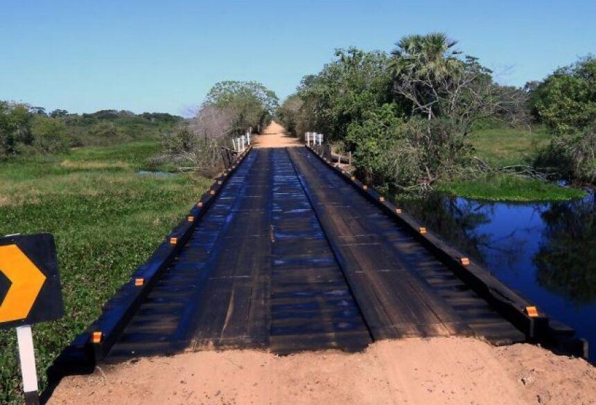 Estrada Parque: ponte e estrada recuperadas na MS-184 facilitam o turismo na região. (Fotos Lucimar Couto)