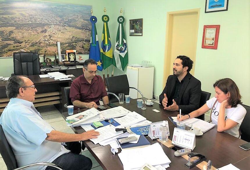 Prefeito reuniu com Associação de Jovens Empreendedores para debater realização de evento em Bonito