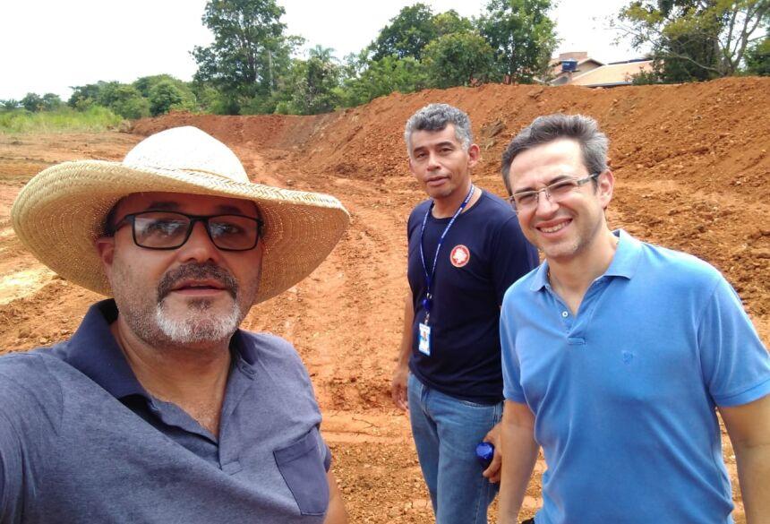 Vistoria foi realizada pelo secretário Edmundo Dinelli Jr e pelo promotor Alexandre Estuqui. Foto: SEMA