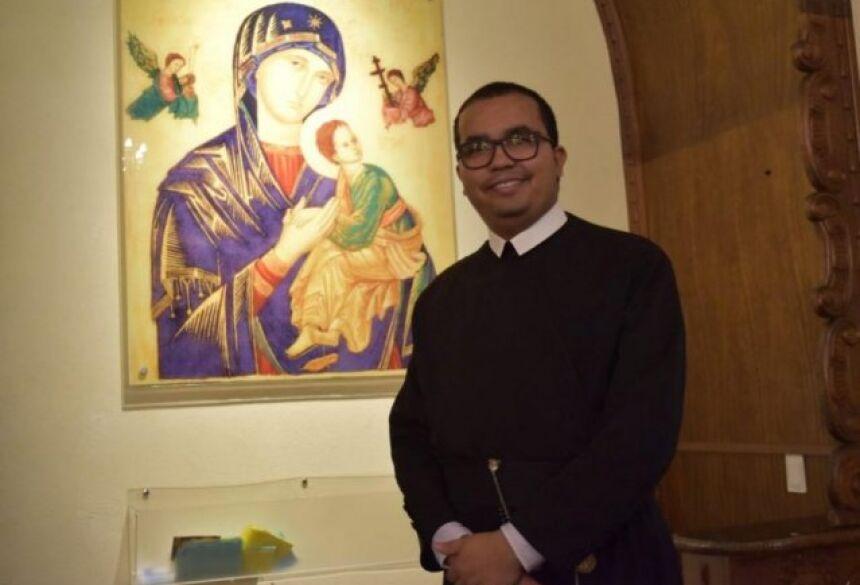 Padre Thiago Palmeira, que tinha 29 anos. (Foto: Divulgação/Perpétuo Socorro).