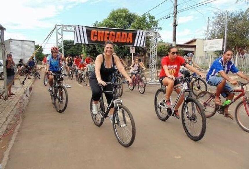 Luisa participa e parabeniza organizadores do 3º Passeio Ciclístico do Trabalhador em Bonito (MS)