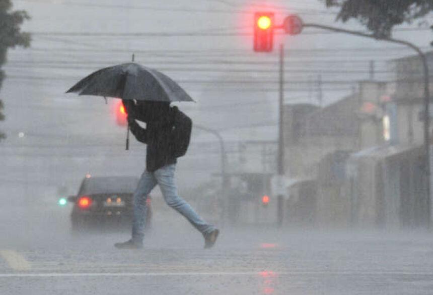 A situação está sendo monitorada pela Cedec em parceria com o Centro de Monitoramento do Tempo e do Clima de Mato Grosso do Sul (Cemtec) - Foto: Gerson Oliveira