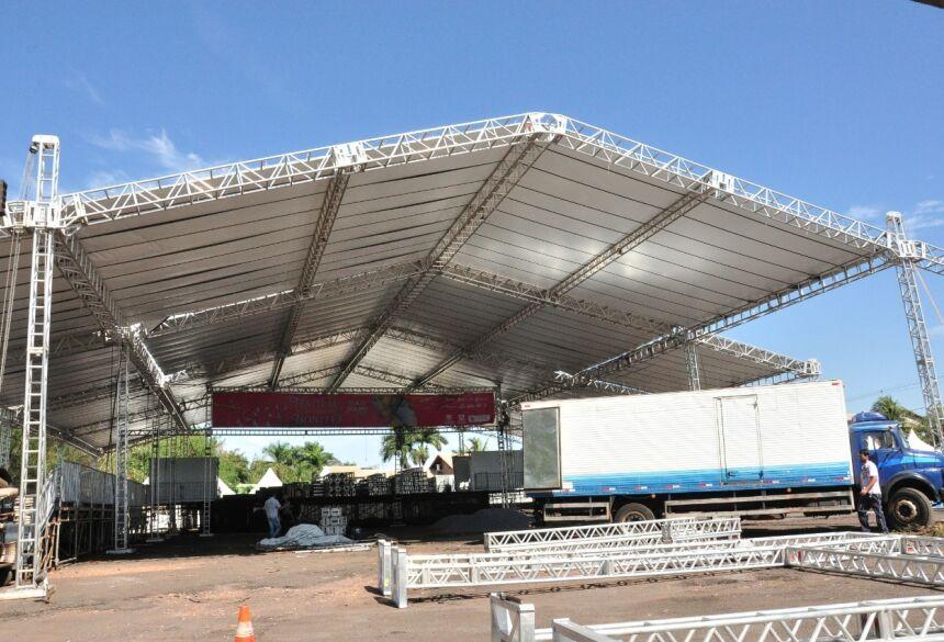 Espaço para o público mede 30 por 40 metros e comporta mais de 6.000 pessoas, segundo os organizadores. Foto: Jabuty