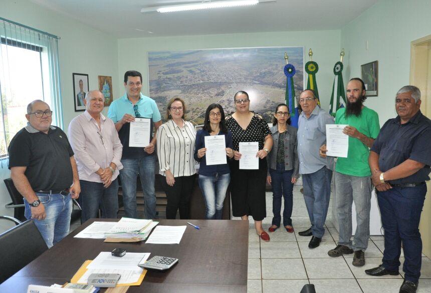Cerimônia contou com a presença de secretários municipais. Foto: Jabuty