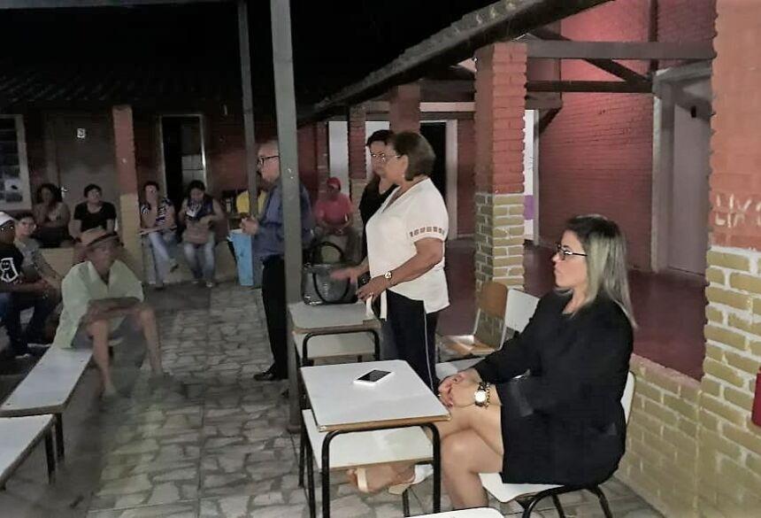 Prefeitura foi representada pela secretária Ilza Gomes Soares e pelo diretor do DEMURF, Wladimir Alves. Foto: Divulgação