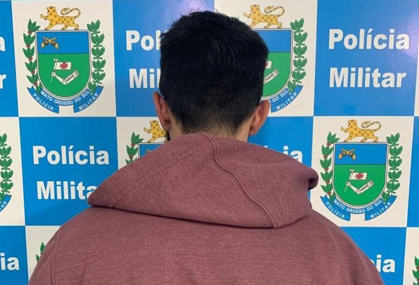 Dono de bar foi preso em flagrante em MS ao fornecer bebida para adolescente — Foto: Polícia Militar/Divulgação