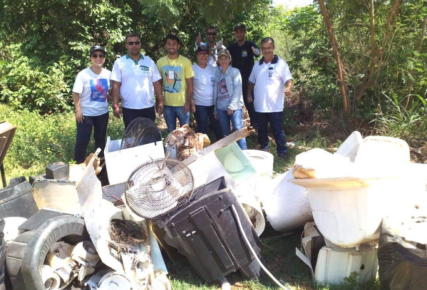 'Arrastão' para recolher lixo continua nesta sexta-feira no Bom Viver I e II em Bonito (MS)