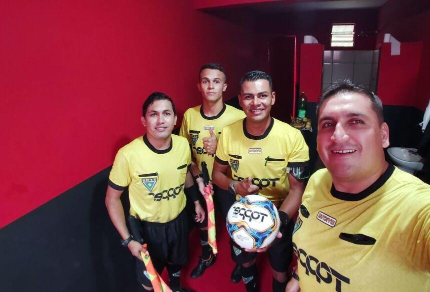 Foto: Facebook - Renê atuou como árbitro assistente no campeonato estadual sub-15, no último domingo.