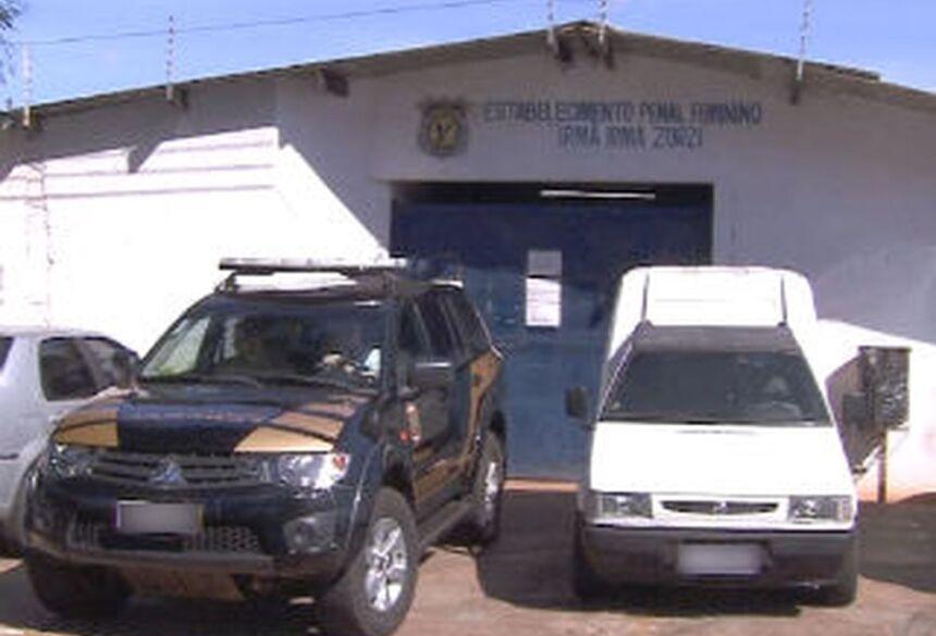 """O corpo foi encontrado em uma das celas do Estabelecimento Penal Feminino """"Irmã Irma Zorzi"""" — Foto: Reprodução/TV Morena"""