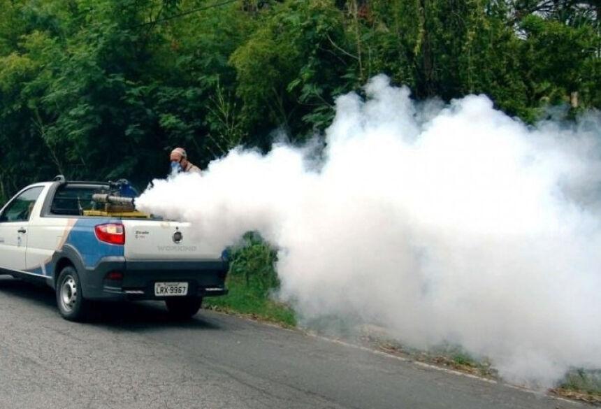 Inseticida do fumacê combate apenas o mosquito adulto. Foto ilustrativa.