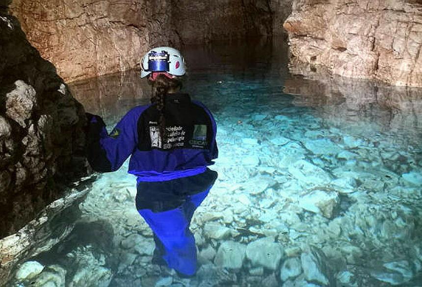 Foto: Grupo de Espeleologia da Serra da Bodoquena. - A Reserva Biológica conta com uma caverna de águas cristalinas e diversas galerias subterrâneas – Foto: Divulgação