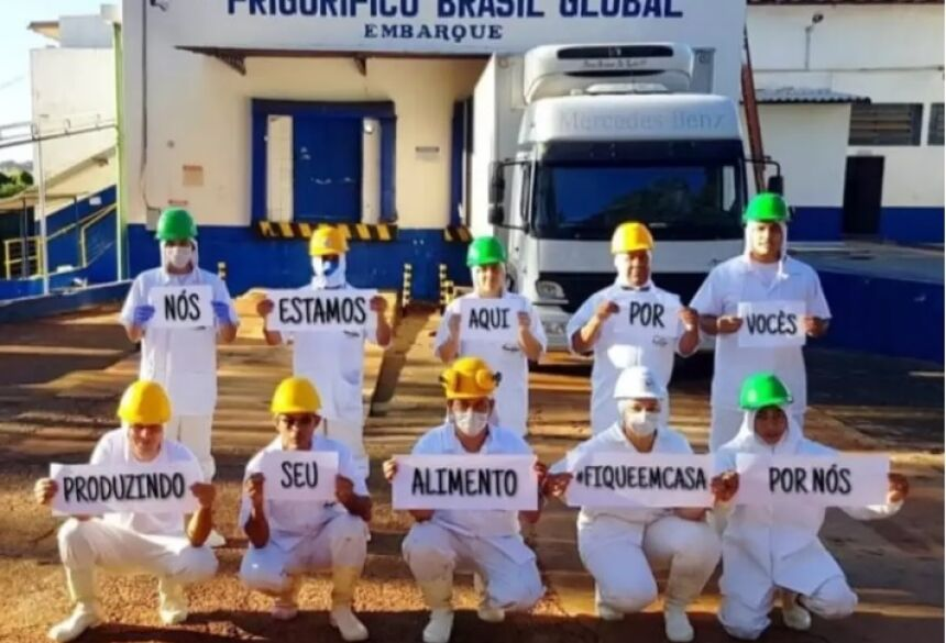 Frigorífico de Guia Lopes voltou hoje com metade do pessoal em atividade (O Pantaneiro) -