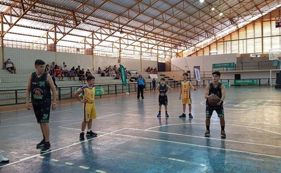 BONITO integra lista dos 400 atletas que vão disputar coletivas de 15 a 17 anos dos Jogos Escolares