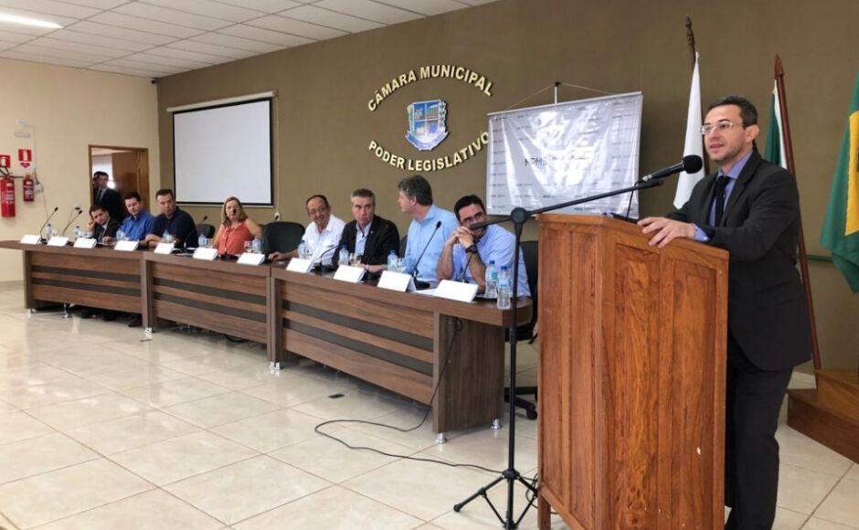 Em audiência, Promotor alerta que se não resolver o 'Brejão' do Rio da Prata ele se acaba em 10 anos