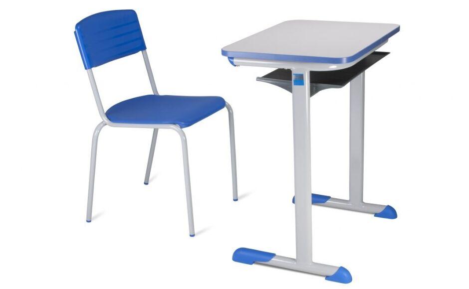 Prefeitura compra 400 cadeiras com carteiras para escolas de Bonito (MS)