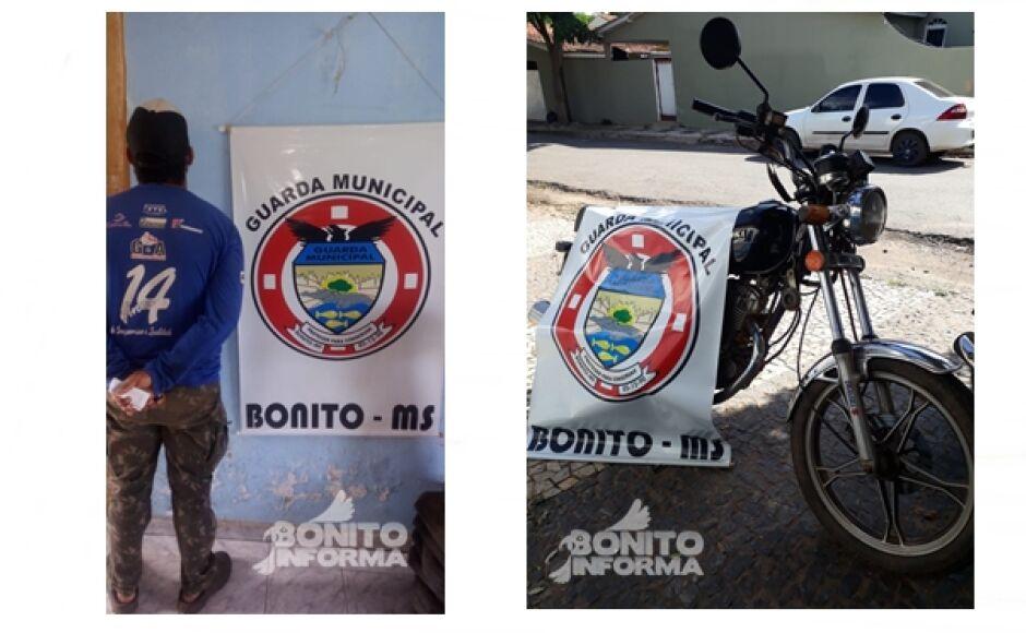Guarda Municipal notifica homem que pilotava moto sem placa de identificação em Bonito