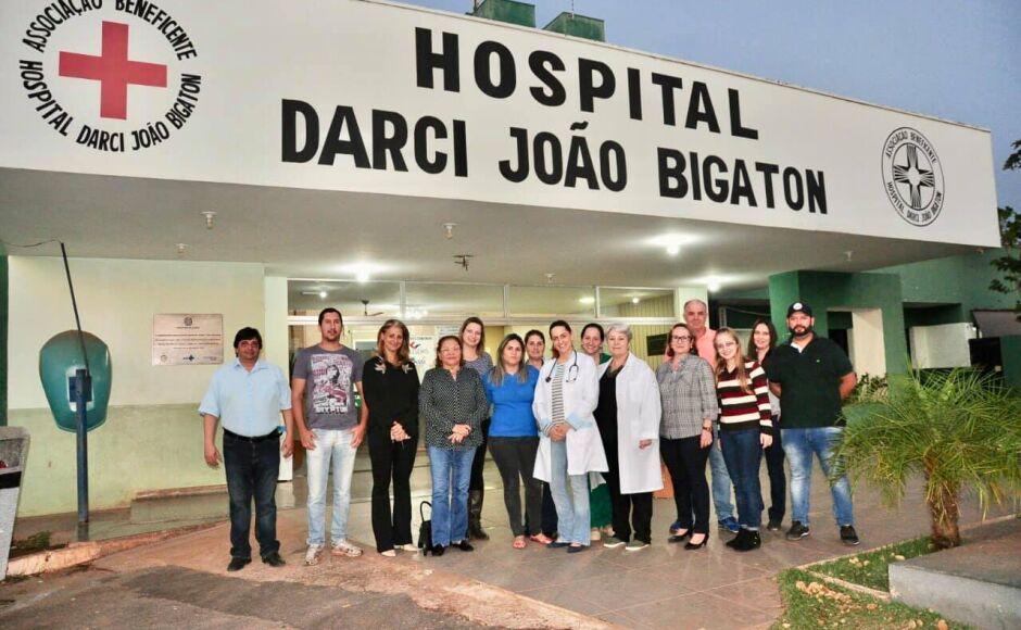 Organizadores da 'Feijoada Tucana' repassa mais de R$ 24 mil a Hospital Darci Bigaton em Bonito (MS)