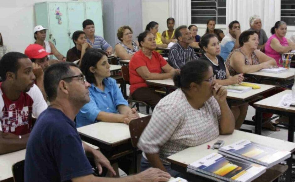 EDUCAÇÃO: vagas para a EJA continuam abertas em Bonito